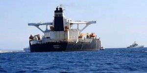 'İran petrol tankerini durdurmaya çalıştı' iddiası