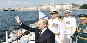 """Putin'den ''Denizden üzerimize gelmeyin"""" mesajı"""