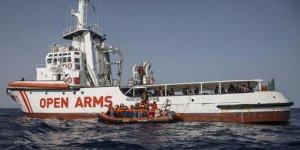 """İtalya """"Open Arms"""" gemisine el koyabilir"""