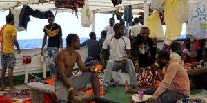 İtalya'dan göçmen gemisine el konulması kararı