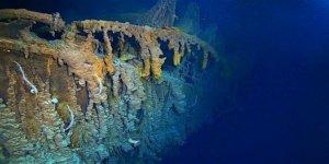 Titanik enkazı yok oluyor