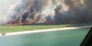 Tatil beldeleri alev alev yanıyor