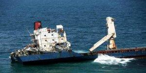 Şile'de terk edilen gemiden yakıt sızıntısı iddiası