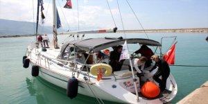 Kadın denizciler barışa yelken açıyorlar