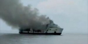ABD'de yolcu gemisinde yangın: 34 ölü