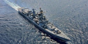 Hindistan donanması Rusya'ya emanet