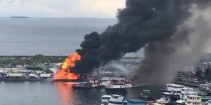 Limanda demirli tekneler yandı; 7 yaralı