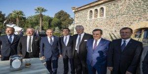 """''İzmir Deniz Festivali Çalıştayı"""" yapıldı"""