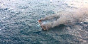 Balıkçı teknesi yandı: 1 ölü, 11 kayıp
