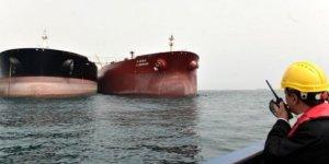Akaryakıt yüklü tanker Hudeyde Limanı'nda