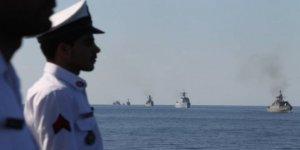 ABD İran'a karşı Hint Okyanusu'na B-52 gönderecek