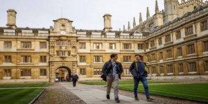 Üniversiteliler fosil yakıt kullanımını bırakıyor