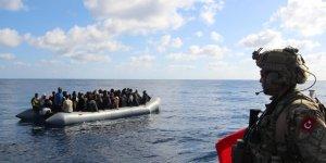 Göçmenler Libya Sahil Güvenliğine teslim edildi