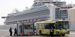 Karantinaya alınan gemide 2 kişi öldü