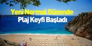Yeni Normal Düzende Plaj Keyfi Başladı