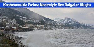 Kastamonu'da Fırtına Nedeniyle Dev Dalgalar Oluştu