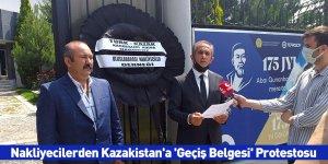 Nakliyecilerden Kazakistan'a 'Geçiş Belgesi' Protestosu