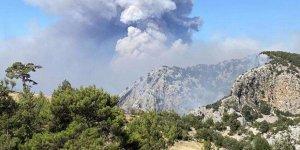 Manavgat'taki büyük yangında 2. gün: 3 ölü