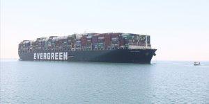 "Süveyş Kanalı'nı tıkayan ""Ever Given"" gemisi 4 ay sonra Rotterdam'a vardı"