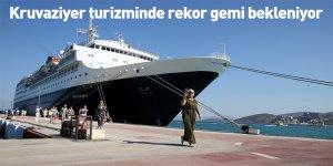 Kruvaziyer turizminde rekor gemi bekleniyor