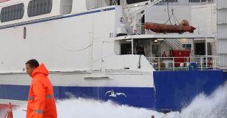 Hava şartları deniz ulaşımını aksattı