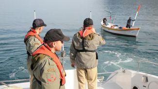 Sahil Güvenlik kaçak avcılara göz açtırmıyor