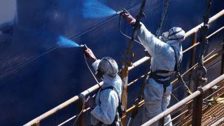 Boyası zehirli gemiye Türk karasuları yasak