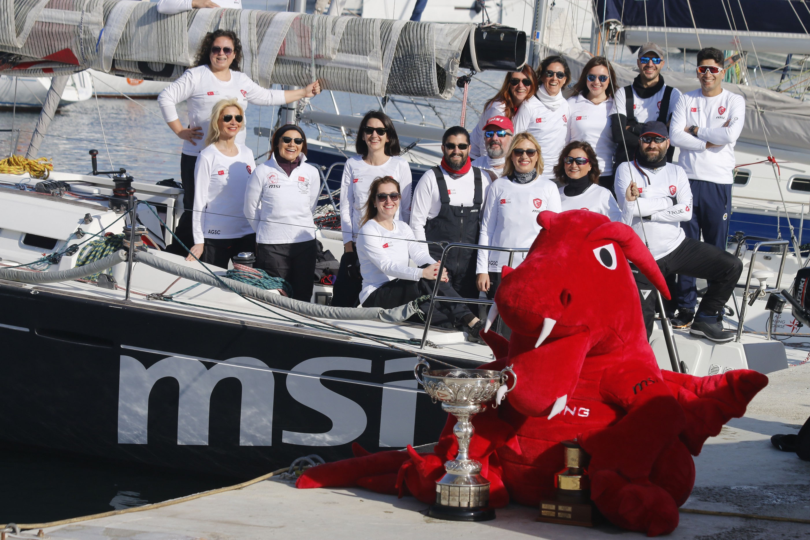 1549957476_msi_sailing_team_1.jpg
