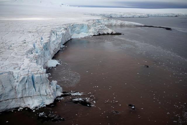 7fotograflarla-yasam-dolu-antarktika-kitasinda-7-10731071_o.jpg