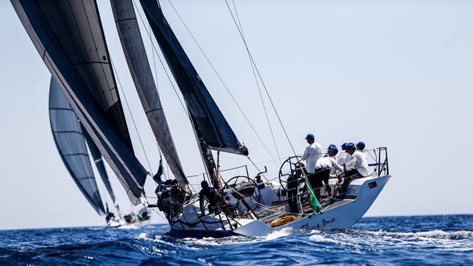 arkas_sailing_team_2.jpg