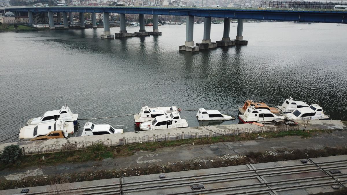 deniz-taksi-projesi-tutmadi-curumeye-terk-edildiler-5e0b5a59b3b65.jpg