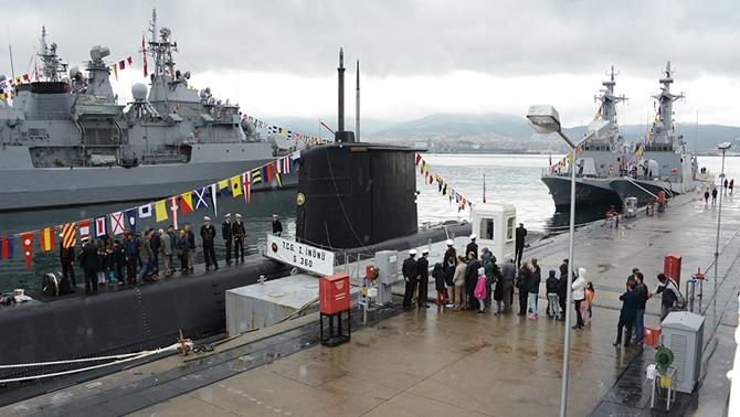 dzkk-gemileri-29-ekim-ziyaretine-acildi---02.jpg