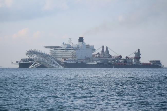 pionering-spirit-gemisi-istanbul-bogazindan-geciyor_7378_dhaphoto2.jpg